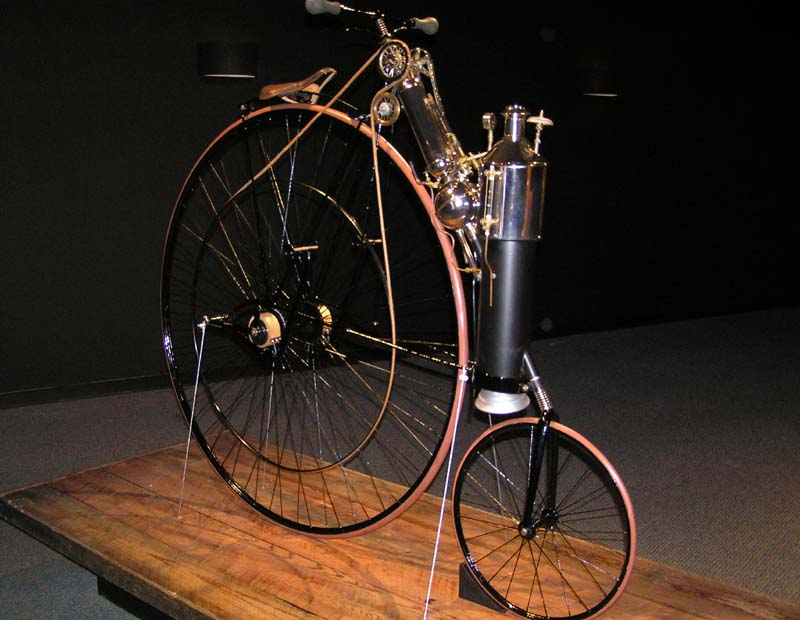 1881 – Top speed of 12mph hit